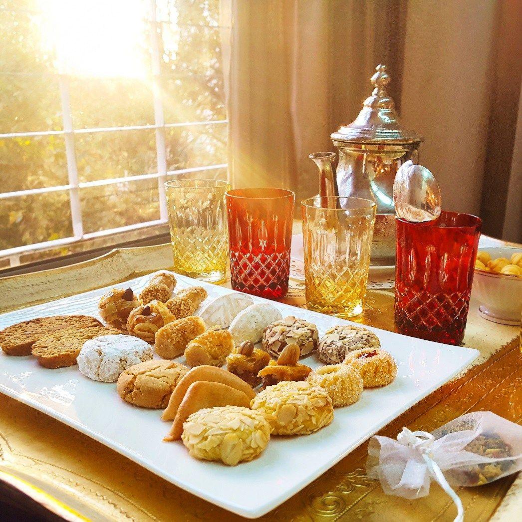 Saveurs d'orient – LA Pâtisserie fine Marocaine Patisserie fine, Patisserie marocaine, Traiteur