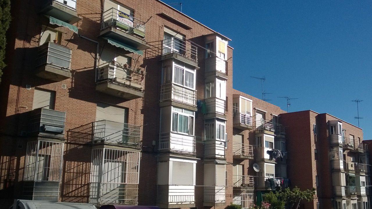 LA HIPOTECA se lleva 1 de cada 5 euros de una familia. EL ALQUILER del piso, 1 de cada 4 « Fernando Encabo