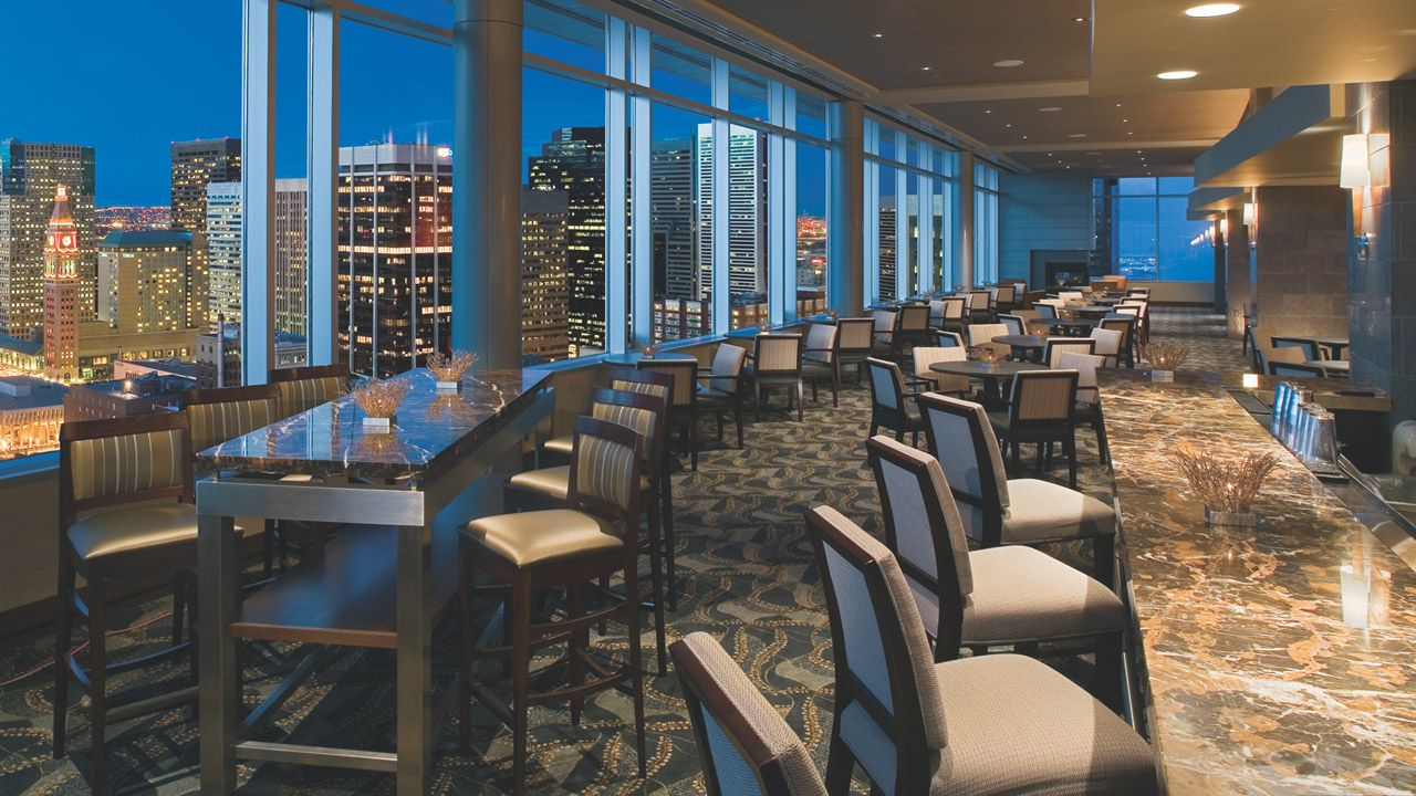 Peaks Lounge Hyatt Hotel Restaurant With A View Denver Co