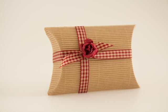 10 kissen schachteln natur pillow box von der schachtel shop auf pillow box. Black Bedroom Furniture Sets. Home Design Ideas
