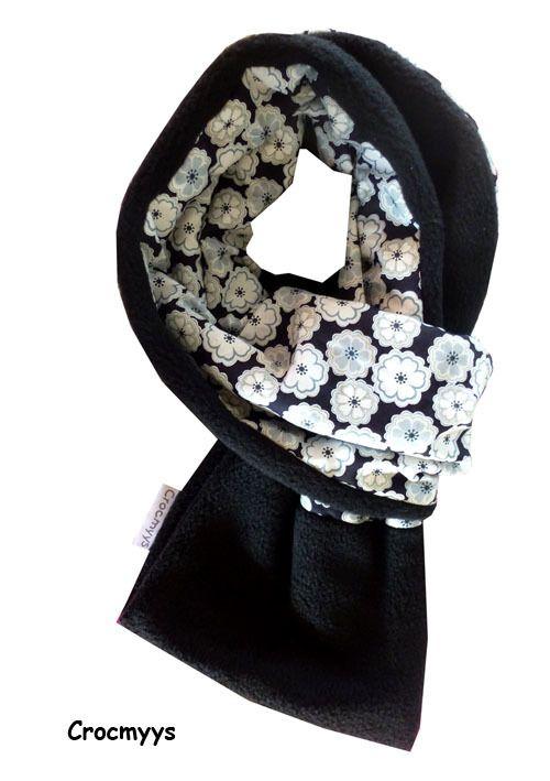 Echarpe liberty toria noire doublée polaire   Echarpe, foulard, cravate par  crocmyys 555d025fe3b