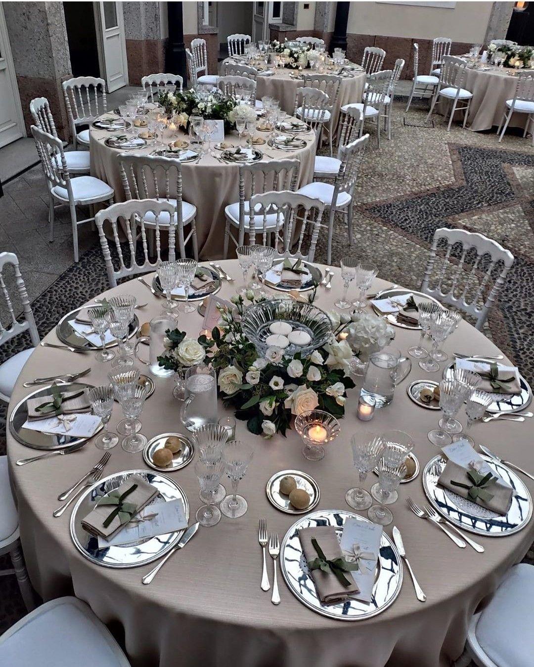 Elegante Allestimento Tavoli Matrimonio By Tondini Catering Varese Tavolo Matrimonio Decorazioni Da Tavola Di Nozze Matrimonio Floreale