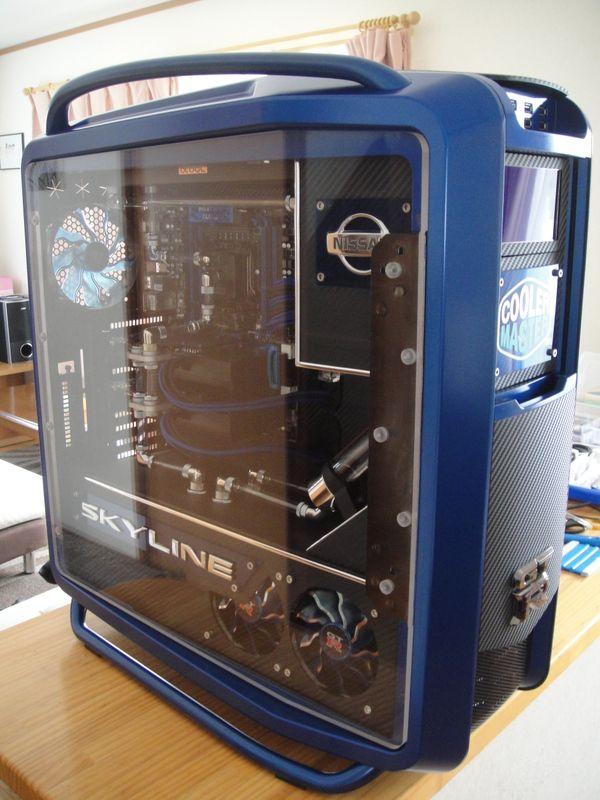 453799e7642 Case Mod Coolermaster Cosmos II- Skyline GT-R | Watercooled PC in ...