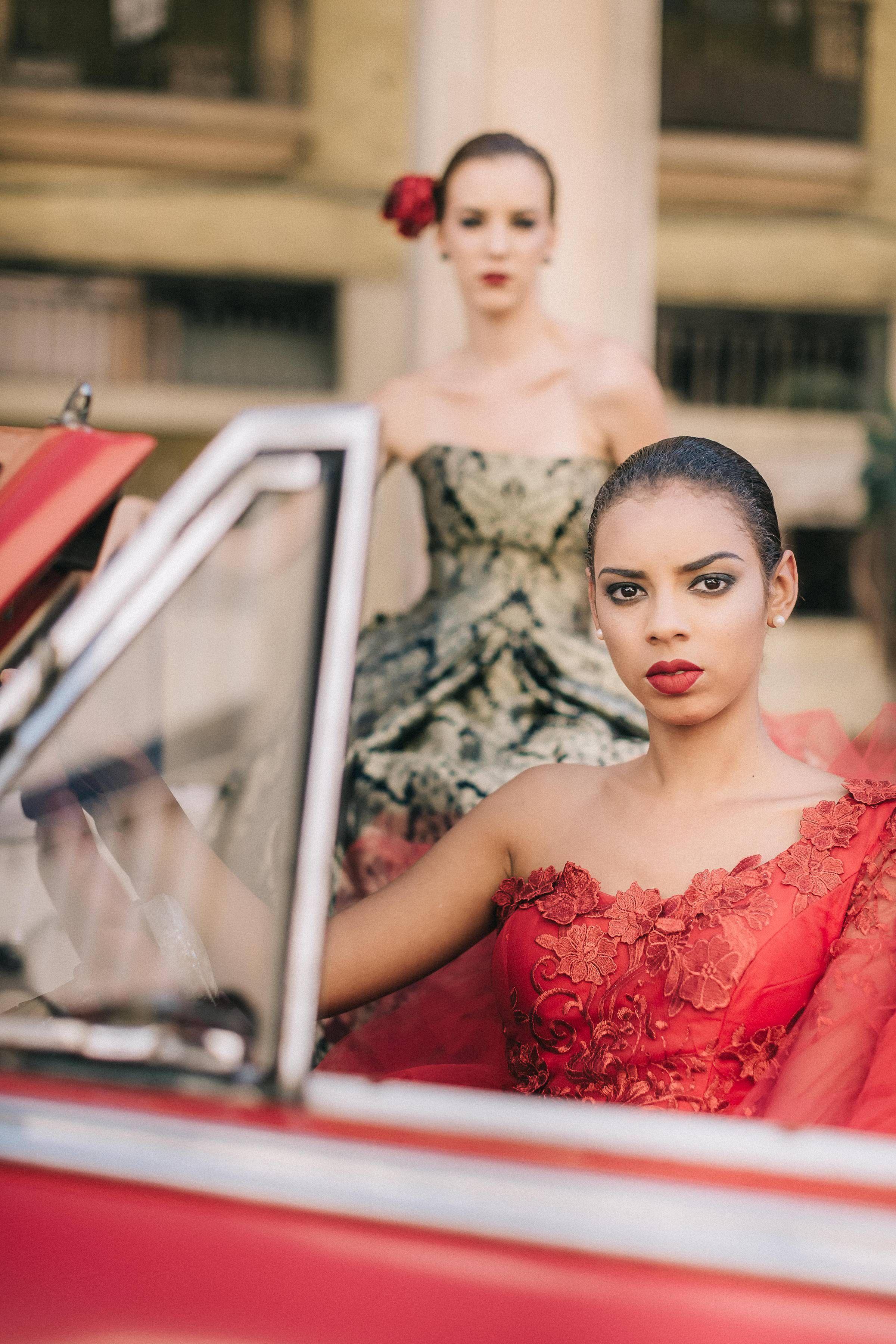 Couturier Of Cuba American Fashion Designers Cuba Fashion American Style