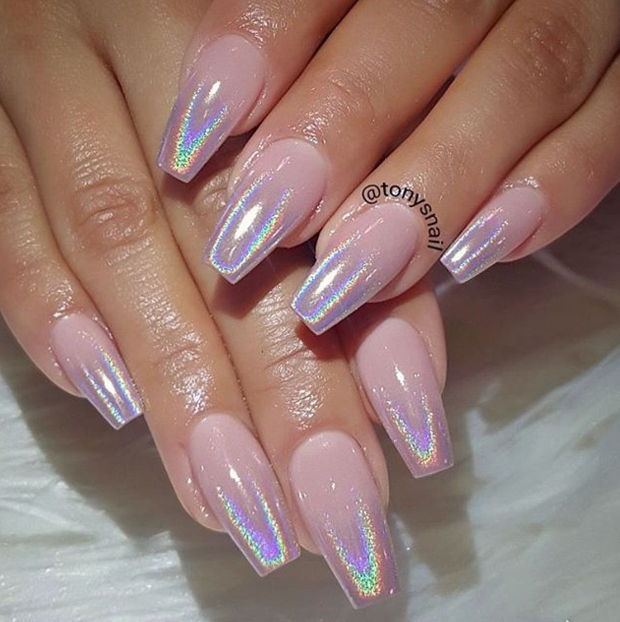 Powder pink nails pictures photos and images for facebook tumblr - Nails On 10 Holographic Chrome Ombr Https Www Facebook