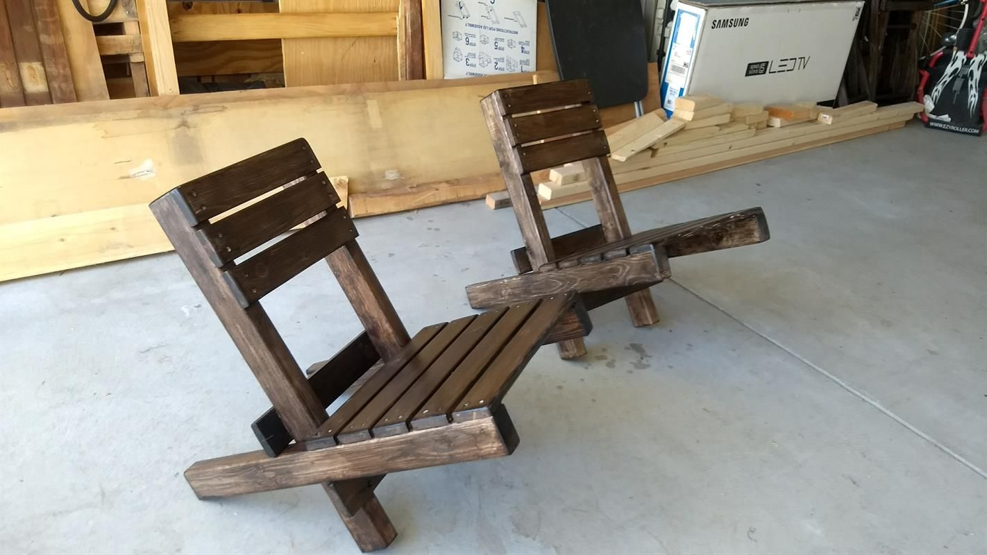 Very Simple To Build Chair That Is Lightweight Portable And Easy To Store Using Readily Available 1 Wood Chair Diy Wood Patio Chairs Build Outdoor Furniture