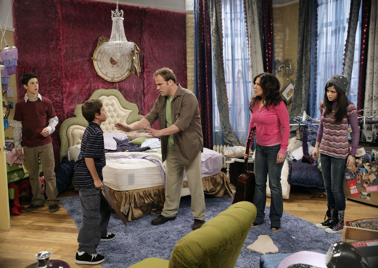 Alex Russo Bedroom Wizards Of Waverly Place Set Cool Girl