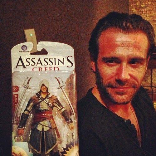 Tasukigirl Cosplay Onceathief Here S Lead Actor Matt Ryan The Matt Ryan Assassins Creed Constantine Hellblazer