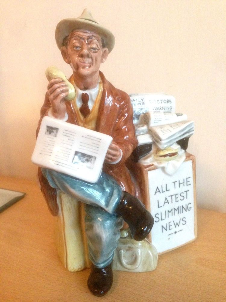 Royal Doulton Stop Press Figure Figurine H2683 Paper Seller Slimming Club reject