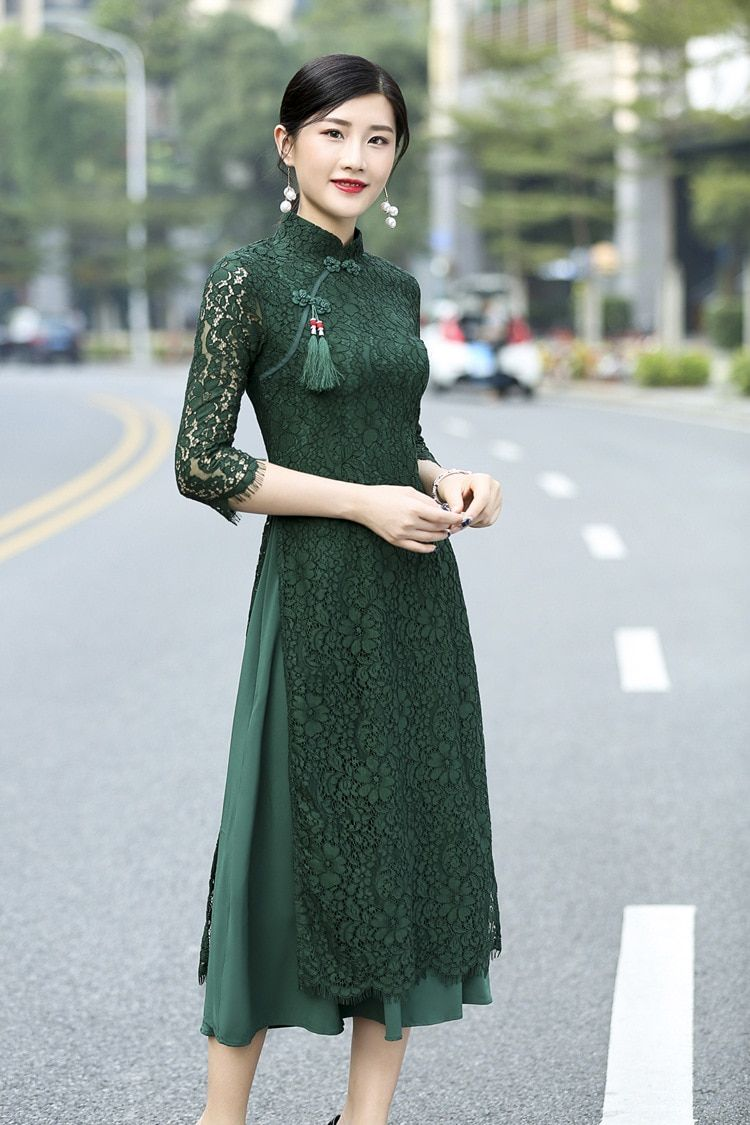 Green lace Vietnam ao dai cheongsam dressin Asia