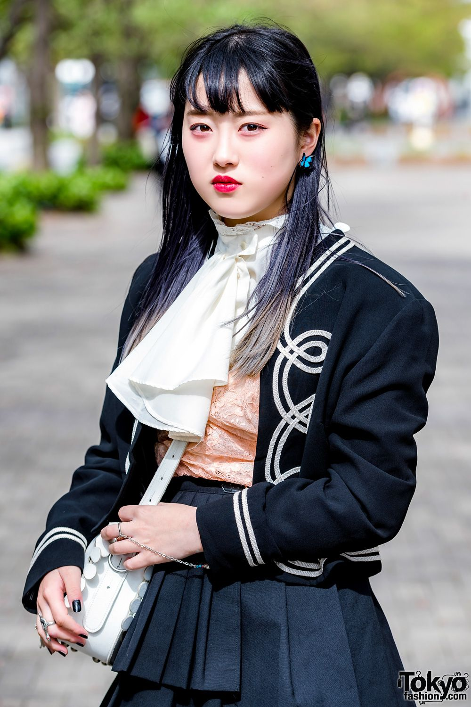 8abc1727859b Tokyo Streetwear Styles w  Comme des Garcons