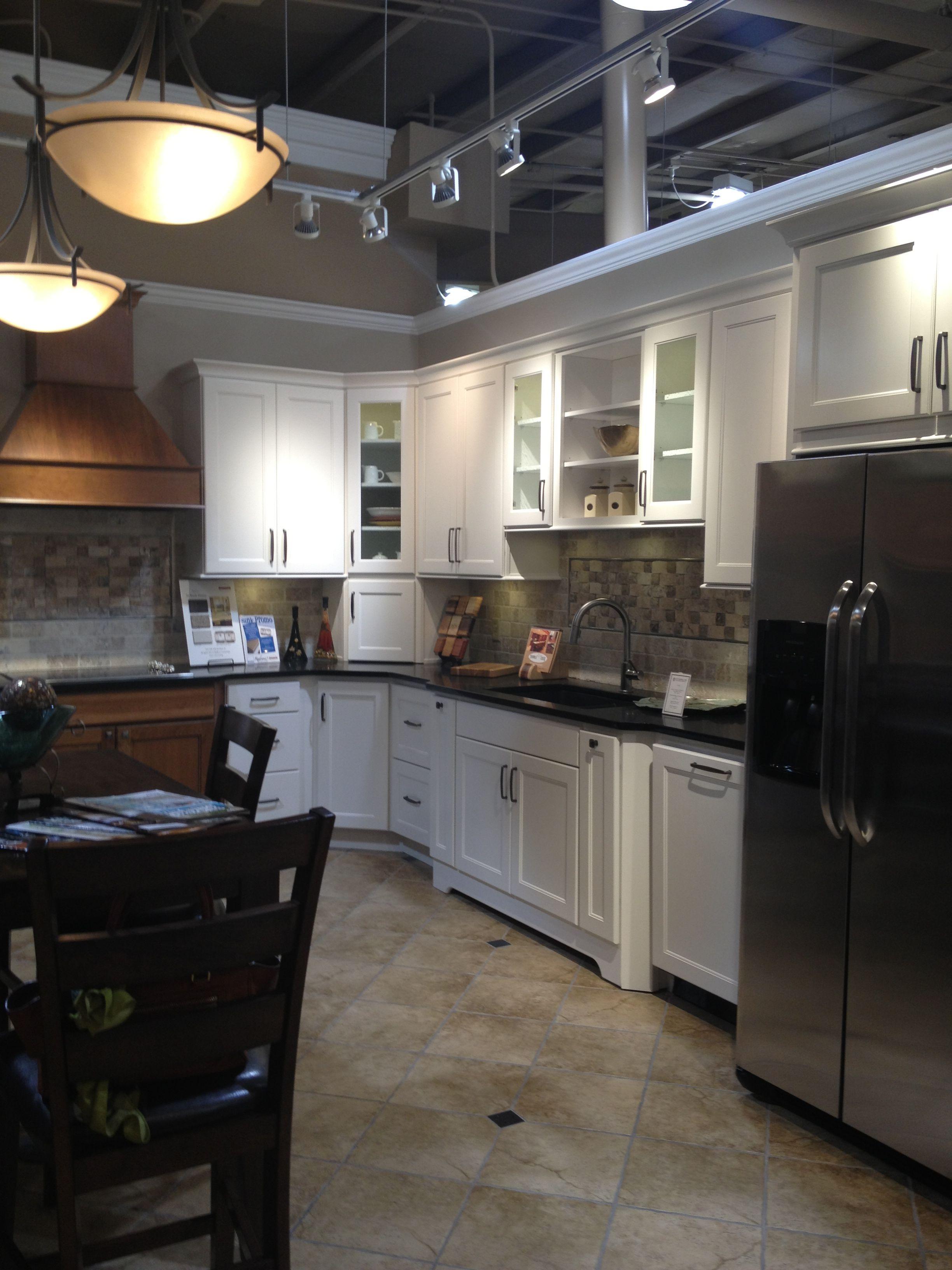 Homecrest Builders Supply Omaha Ne Modern Patio Furniture Kitchen And Bath Kitchen