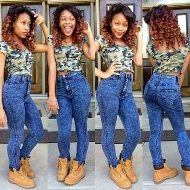 Camouflage Crop Top Shirt, High Waist Blue Jeans and Timberland ...