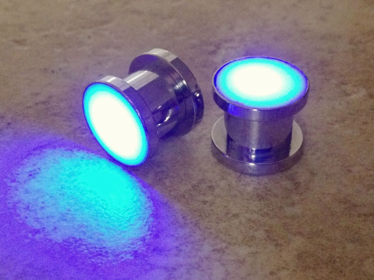 I just ordered these gauges. Hurr hurr they glow~ :D