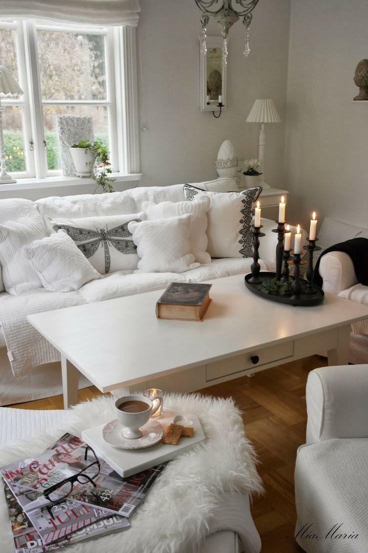 inspiring white shabby chic living room furniture | Shabby Chic modern white living room sitting area | A ...