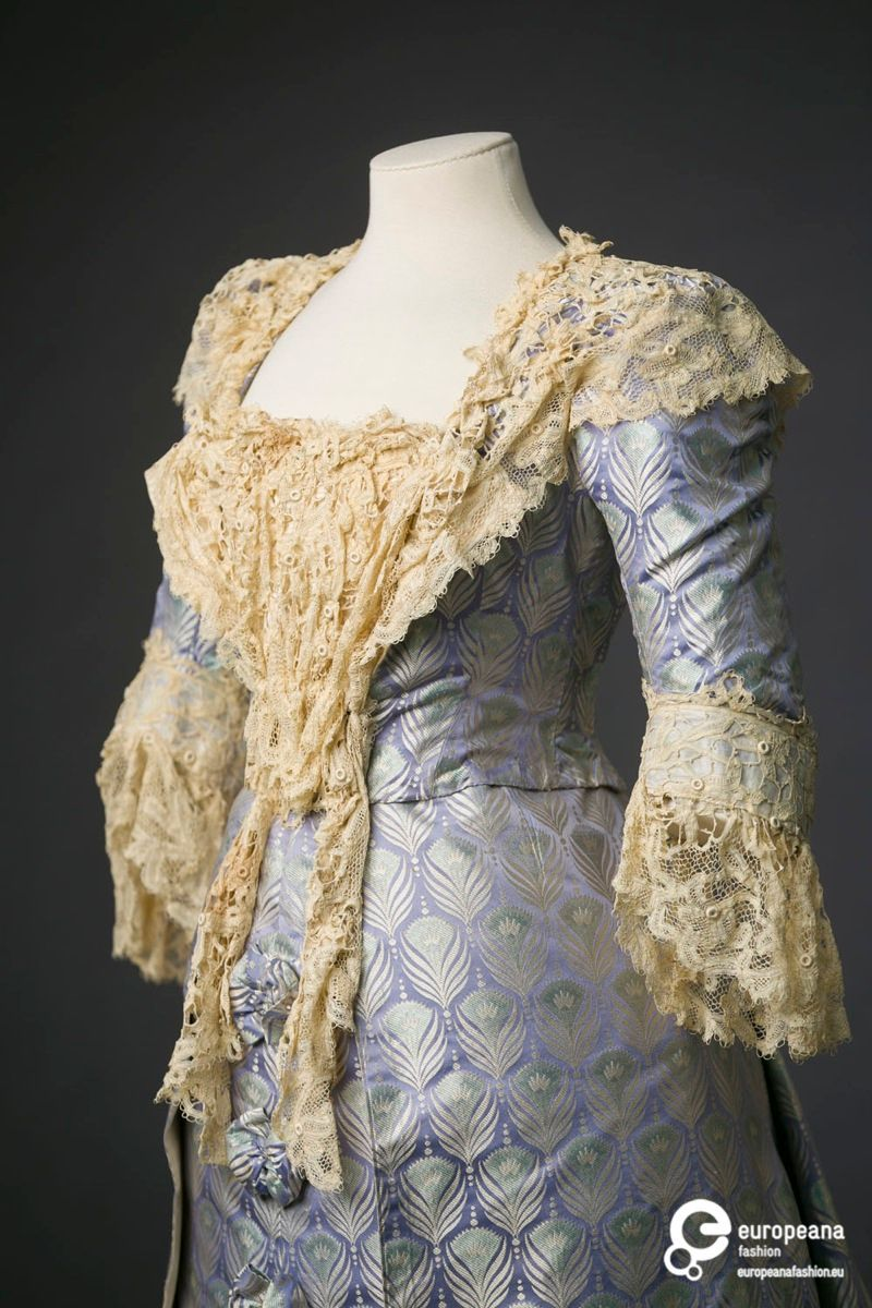Lilac evening gown c. 1895-1900