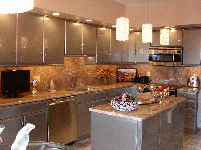 Kitchen Soffit Kitchen Design Beautiful Kitchens Kitchen Recessed Lighting Kitchen Cabi In 2020 Kitchen Soffit Beautiful Kitchens Kitchen Design