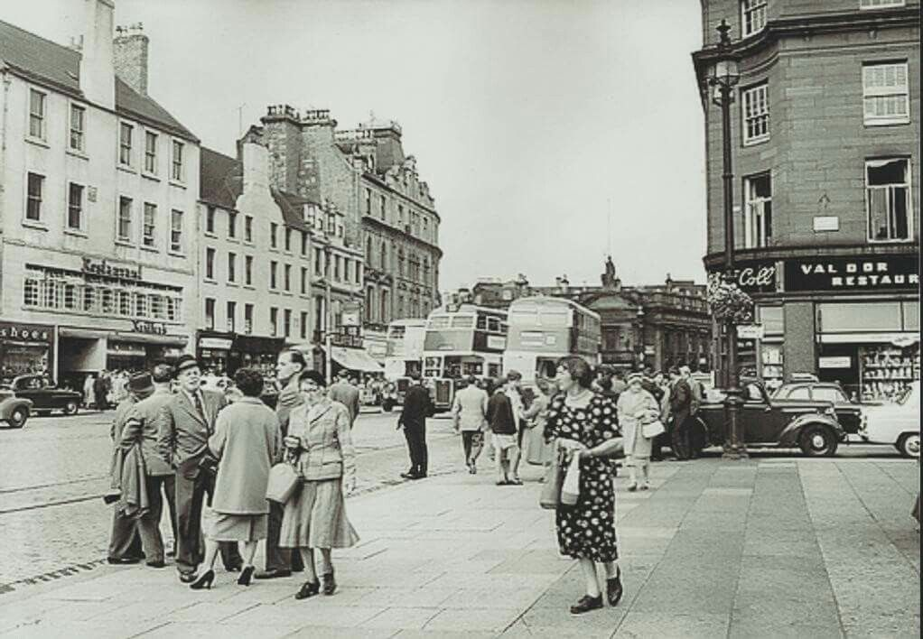 High Street Dundee.. looks like 1950's... | Dundee city, Dundee, City
