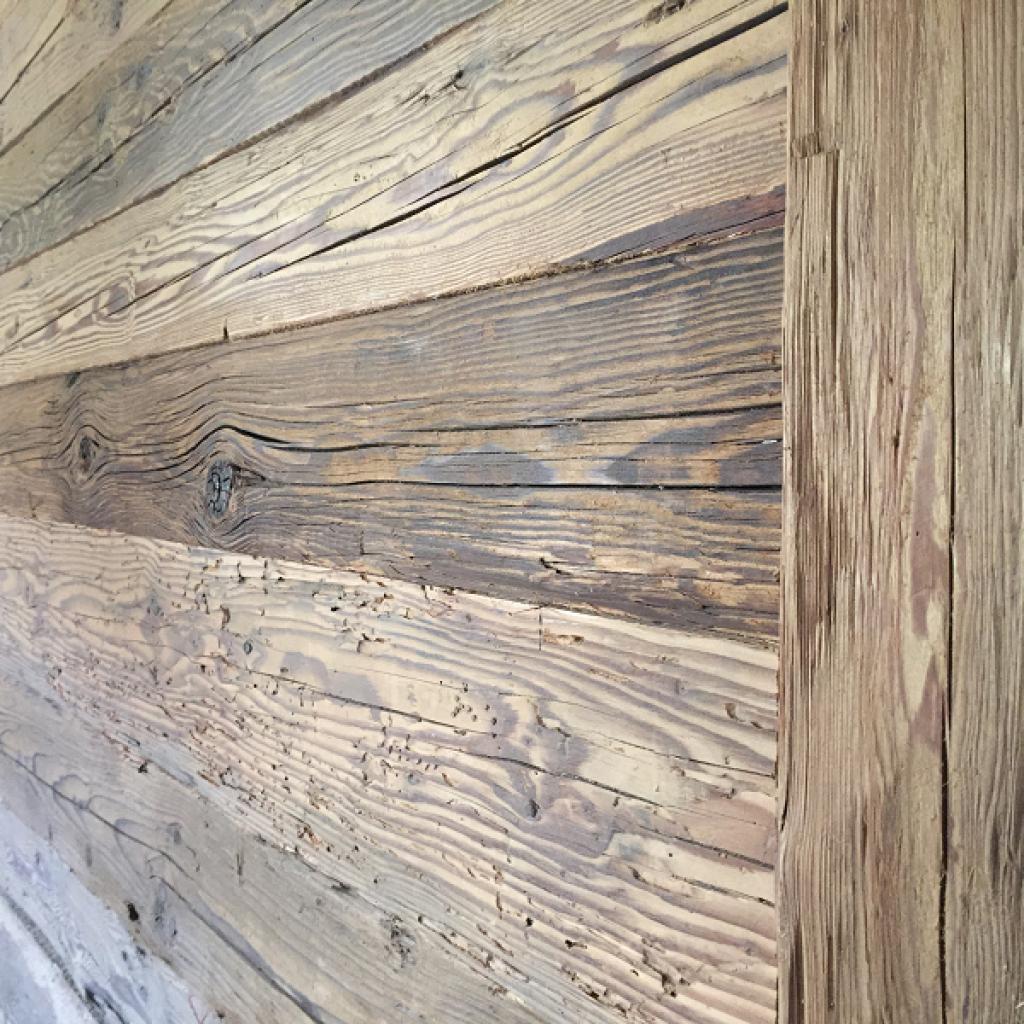 Wohnzimmer Altholz Wandverkleidung Fichte Gehackt Bretter Bs Holzdesign In 2020 Wooden Wall Decor Ship Lap Walls Wood Decor
