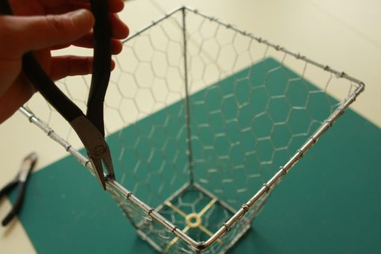 How to make a chicken wire basket chicken wire wire basket and recovering a lampshade with chicken wirei like greentooth Gallery