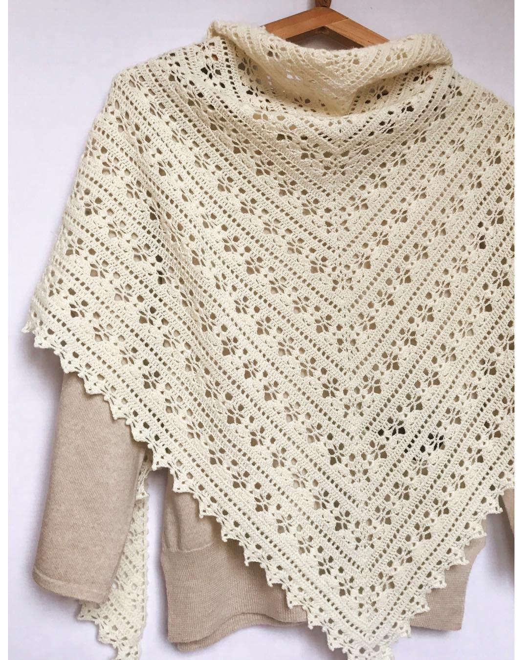Easy and Cute FREE Crochet Shawl for beginner Ladies | ponchos ...