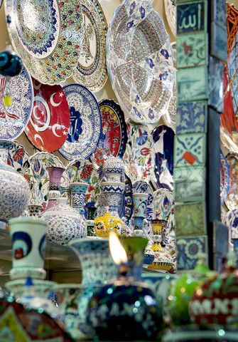 Image of 'Authentic Turkish tiles in a shop of the Spice Bazaar in Istanbul, Turkey'