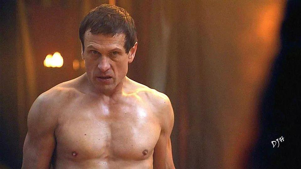 Simon Merrells workout