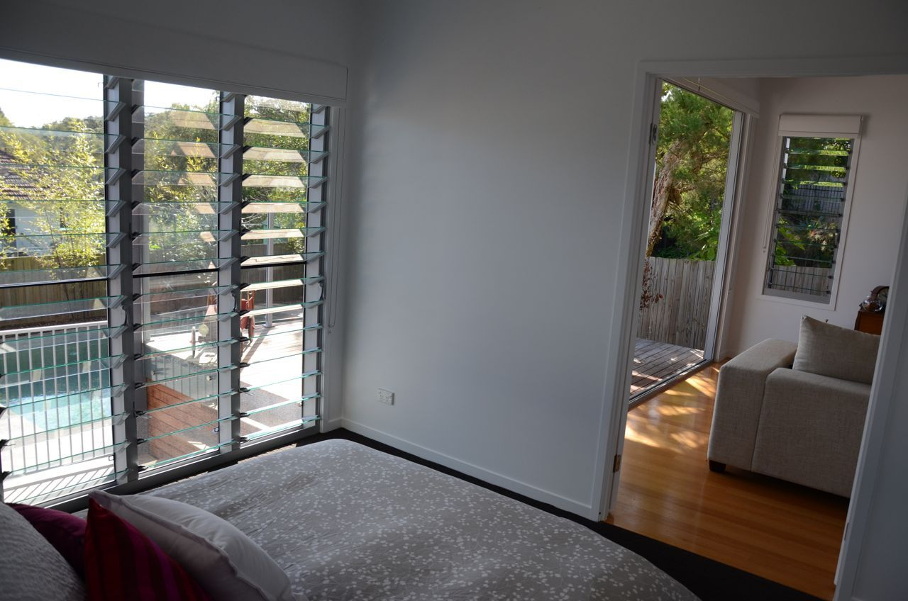 7hills House Brisbane Bed 3 Downstairs Double Doors To Rumpus