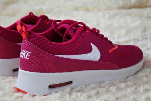 Bild über We Heart It https://weheartit.com/entry/157806413 #airmax #nike #red #nikeairmax #perfectshoes