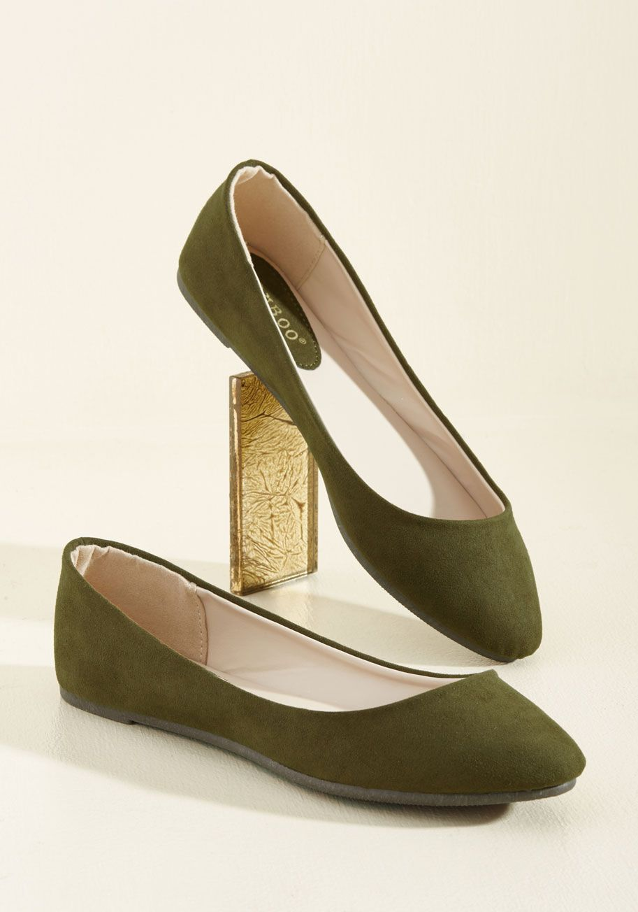 Pop of Pep Flat in Thyme - Green, Solid, Work, Casual, Graduation, Minimal, Spring, Fall, Winter, Flat, Good, Variation, Green, Saturated