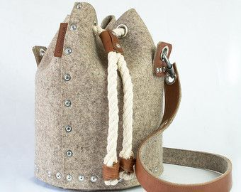 Wool felt bucket bag Felt Duffle Bag Duffle Satchel  Felt backpack Duffle H Wool felt bucket bag Felt Duffle Bag Duffle Satchel  Felt backpack Duffle H