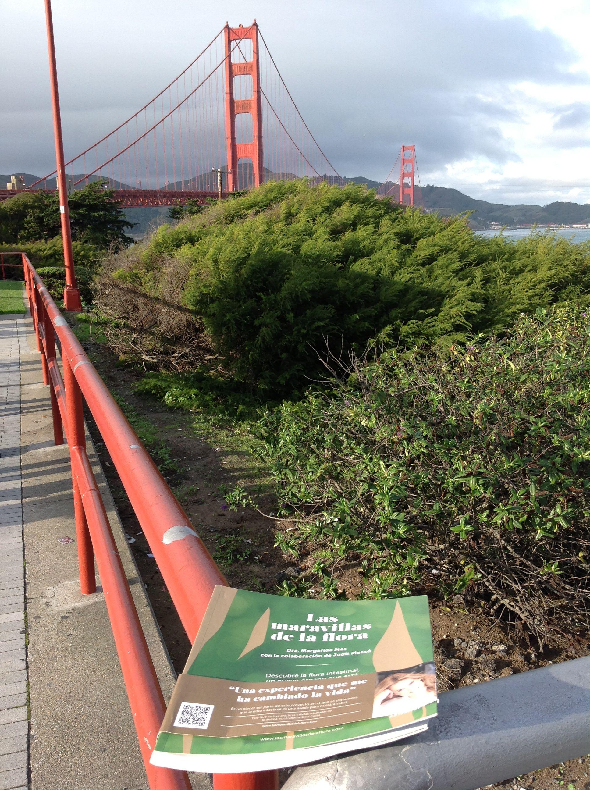 Eso si es un regalo de Navidad. Un detalle que me mandan desde el puente Golden Gate de San Francisco. #LasMaravillasdeLaFlora se van de viaje. Gracias Javi!