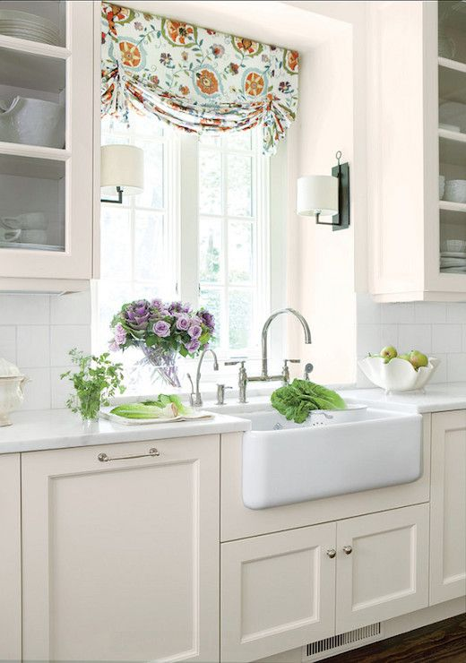 Benjamin Moore Linen White Cottage Kitchen Features Gl Front Upper Cabinets And Cream Base Topped With Alabama Marble Oversized