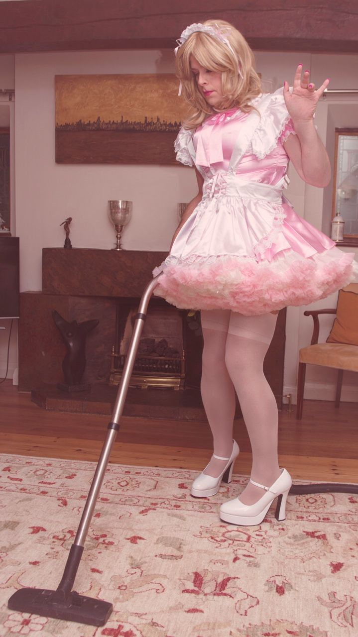 Frilly Sissy Tumblr in his wife will be home soon and he still needs to do the laundry
