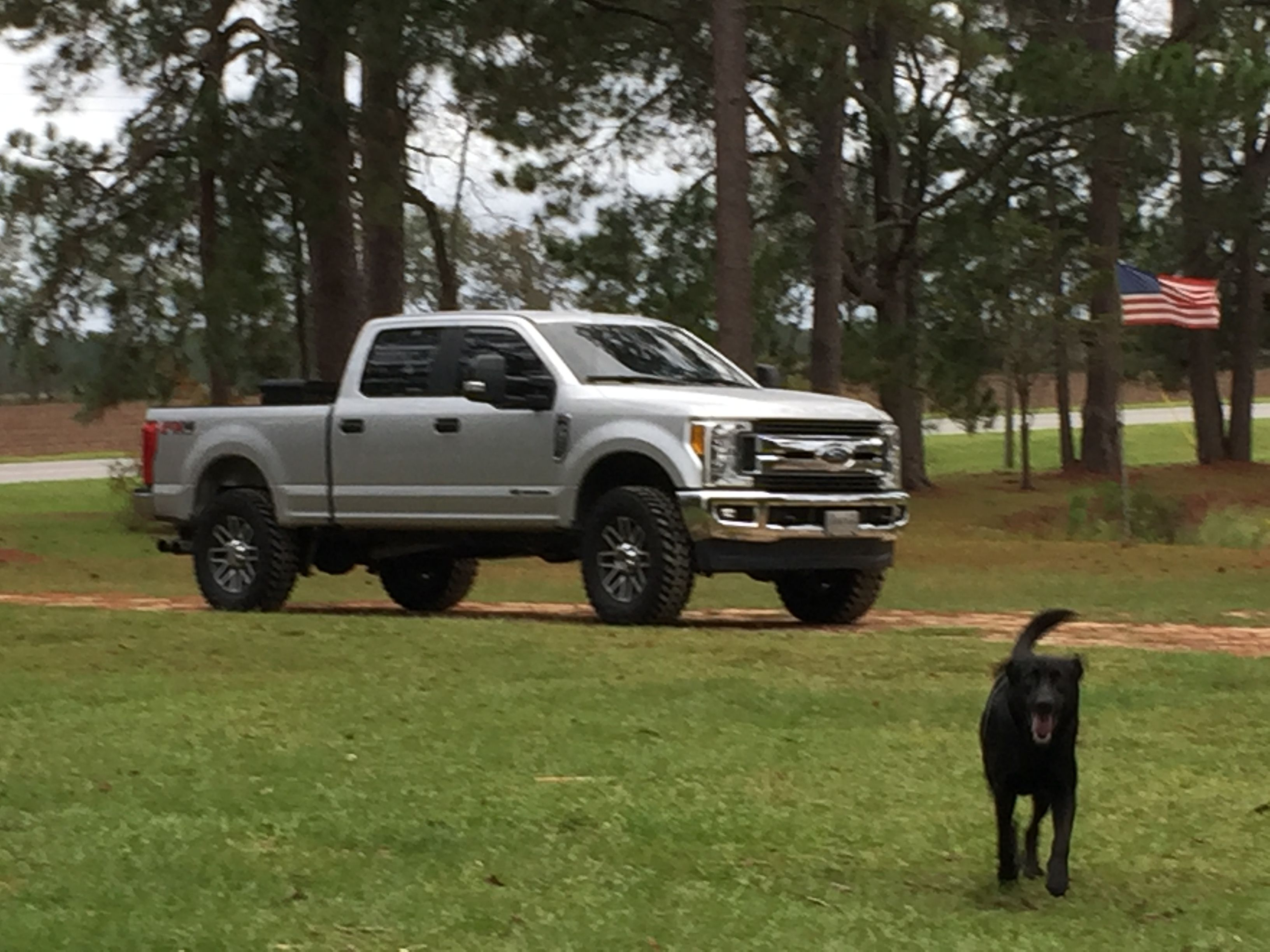 """F250 2017 with leveling kit and 37"""" tires Ford super"""