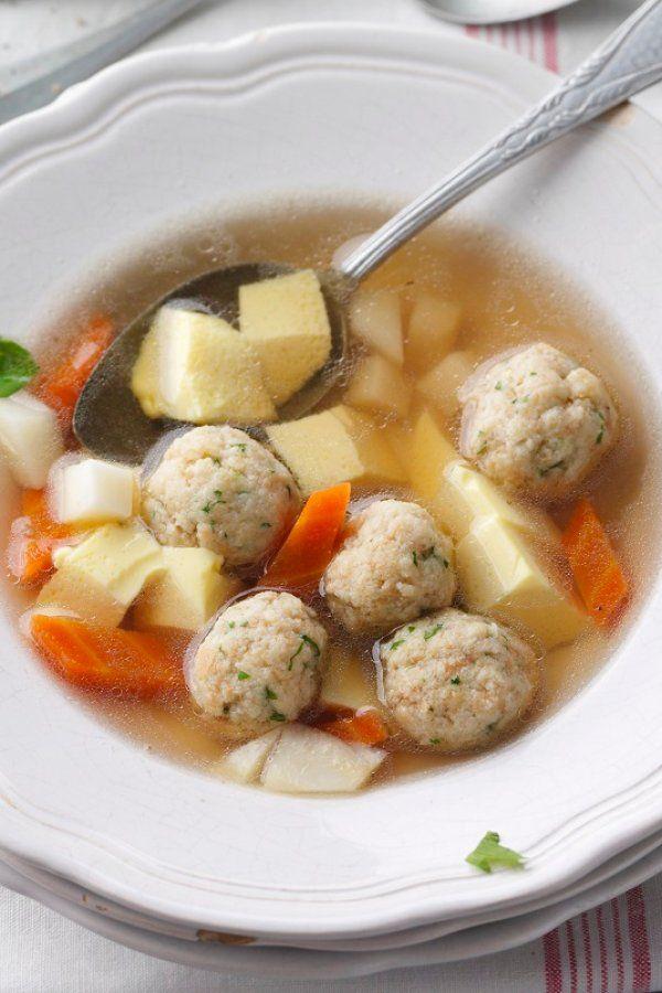 Kräftige Rindfleischsuppe mit Markklößchen und Eierstich #healthycrockpotchickenrecipes