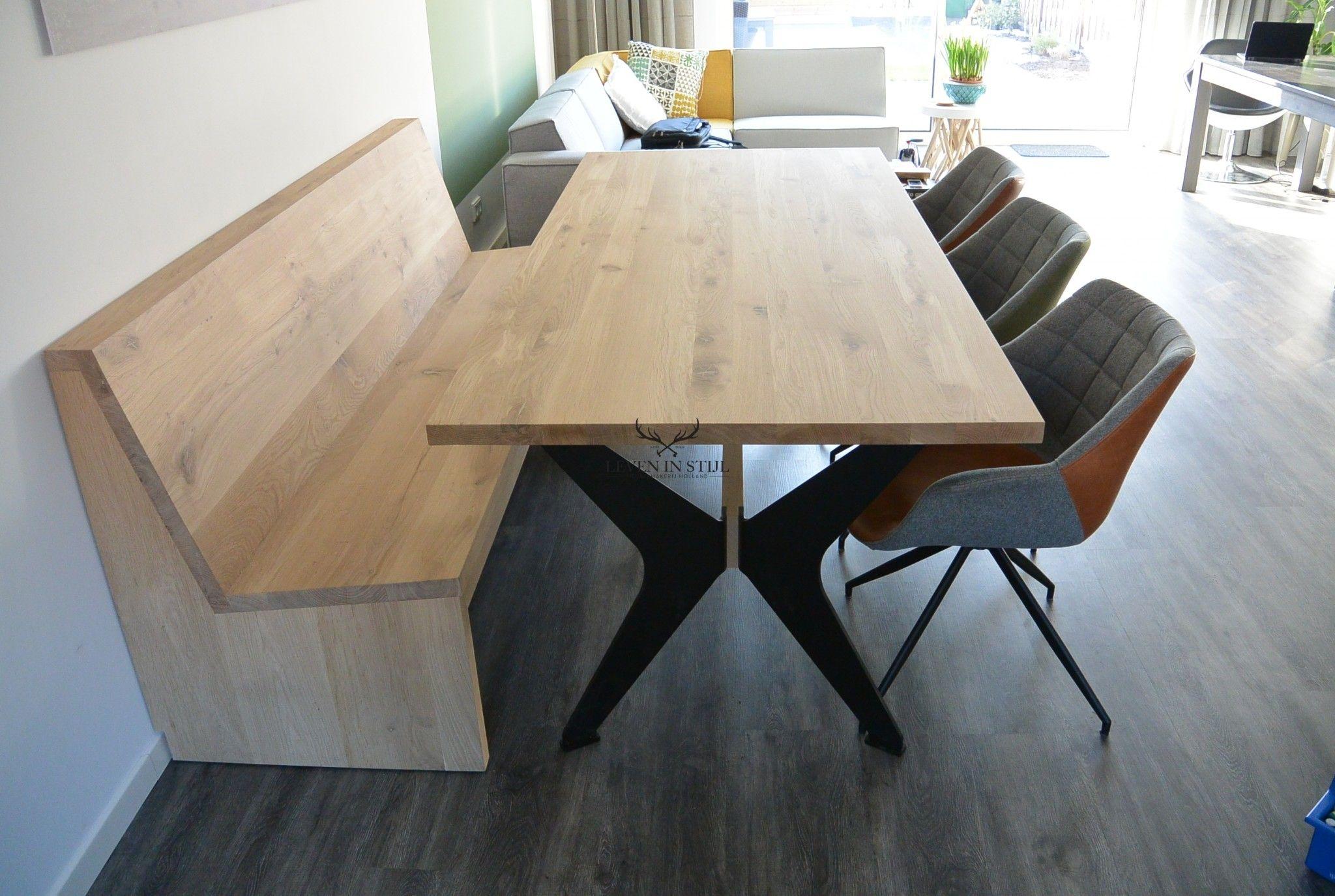 Stoere Tafels Steigerhout Alkmaar.Luxe Eikenhout Tafel Met Vlinderpoten Van Staal Speciaal