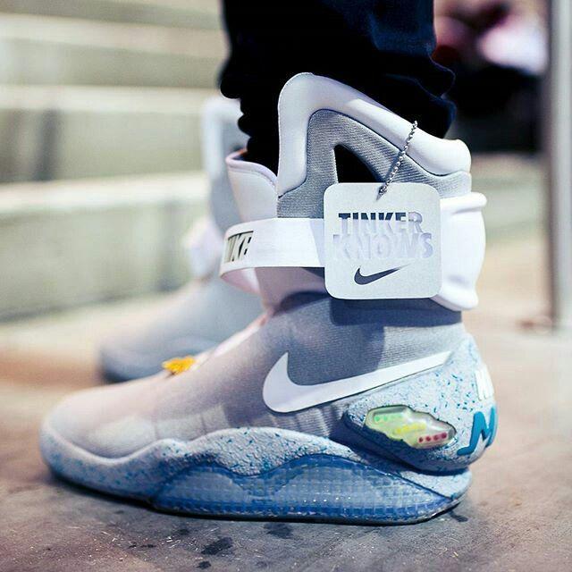 Nike air mag ChaussuresPinterest Chaussure Chaussuress  Belle