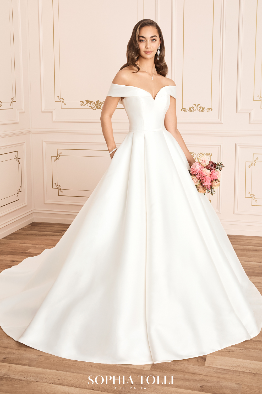 Sophia Tolli Kennedy Style Y12014 In 2020 Kennedy Wedding Dress Sophia Tolli Wedding Dresses Ball Gowns