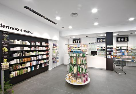 Farmacia Lucia Albarran En Utebo Zaragoza Pharmacy Design Shop