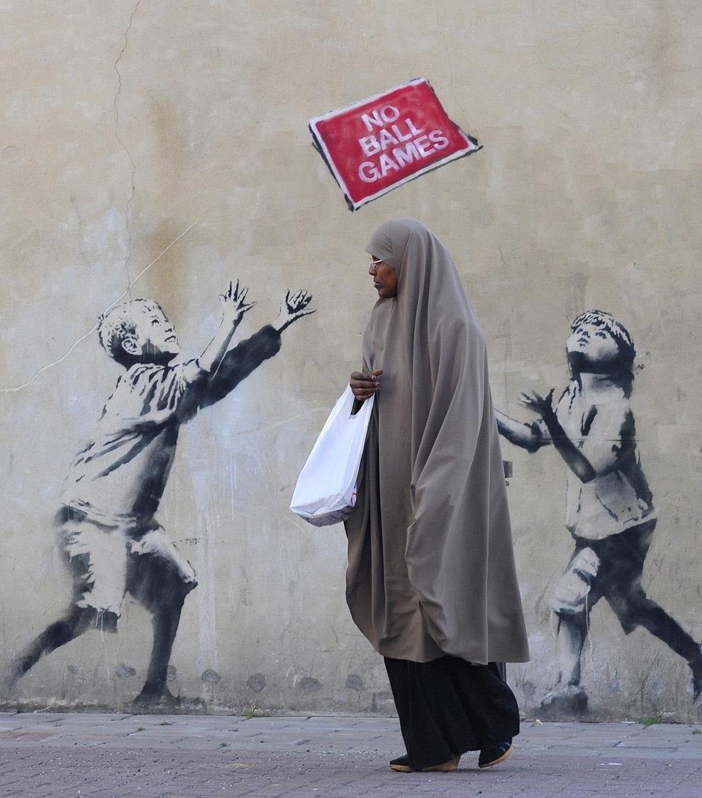 Banksy London Posted By Streetartnews Street Art Banksy