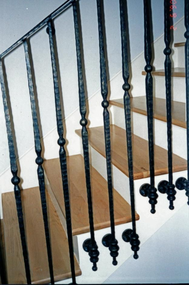 Best Side Mounted Iron Balusters Google Search Iron Stair 400 x 300