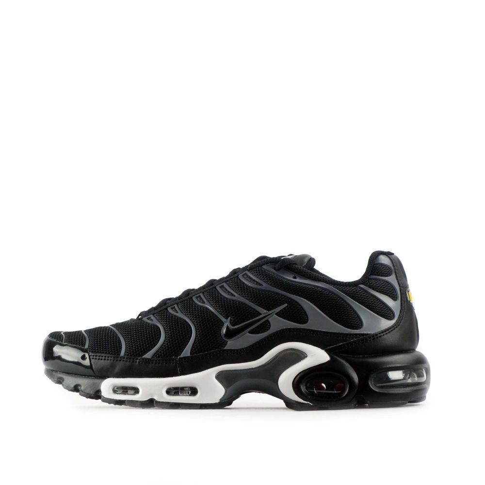 Nike Air Max Plus Tn Tuned Men S Shoes In Black Cool Grey Nike Air Max Nike Air Nike Air Max Plus