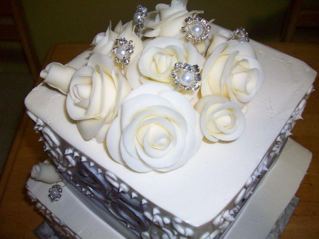Happy Anniversary Cake Images Ideas - http://www.mygigglebox.com ...