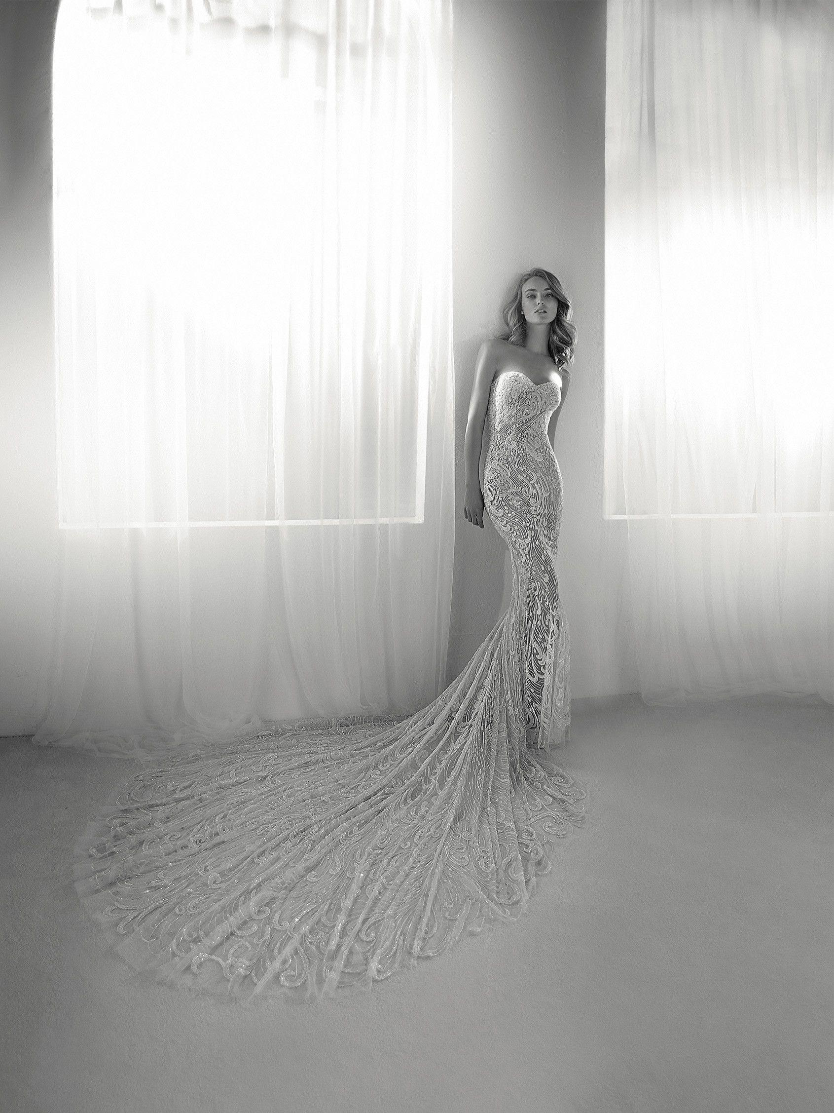 Vestido de boda joya | Boda de Alejandro y Rocío | Pinterest ...