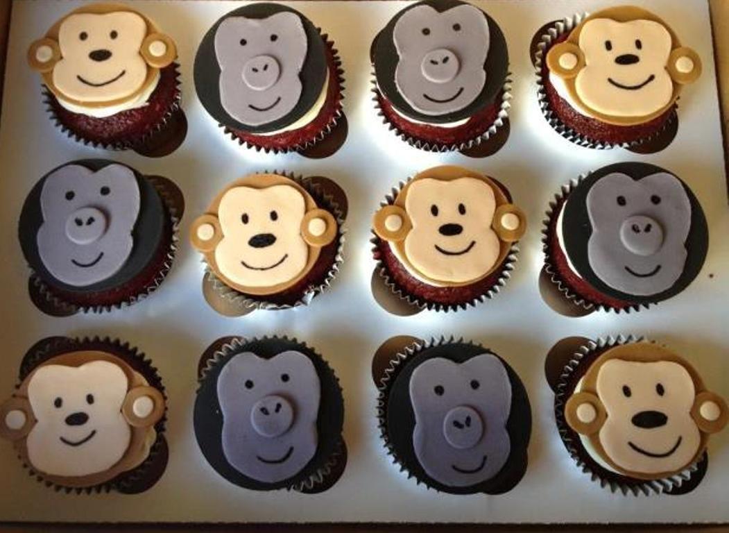 Monkey & Gorilla cupcakes in 2019 Cupcakes, Cupcake
