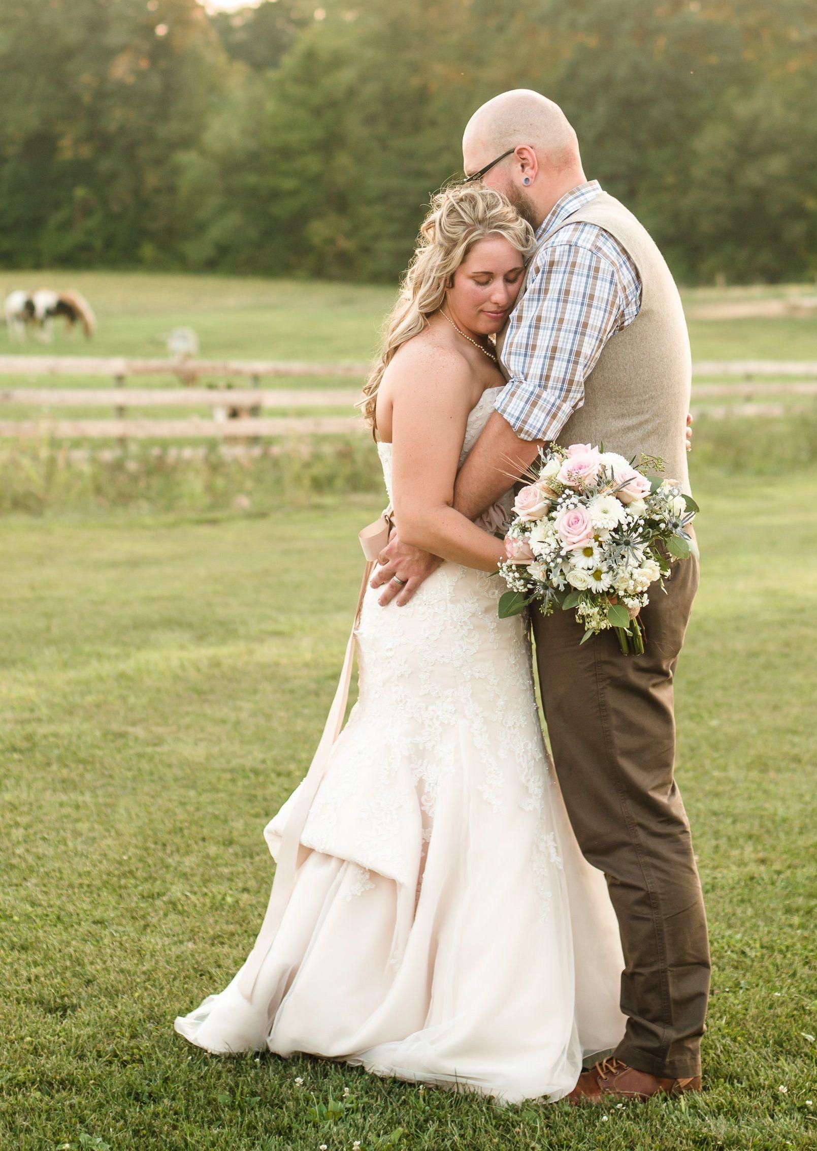 Country wedding at Peacock Ridge, northeast OH   Wedding ...