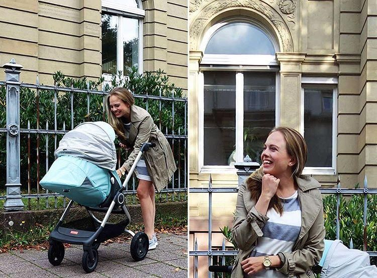 Higher position seat lifts baby towards parent. Keep the connection while strolling with scandinavian designed Stokke Scoot Stroller