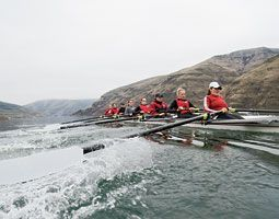 the Washington State women's rowing team on the Snake River.