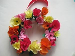 Try These Fun Spring Crafts with Your Kids: A Gorgeous Paper Flower Wreath to Make with Kids